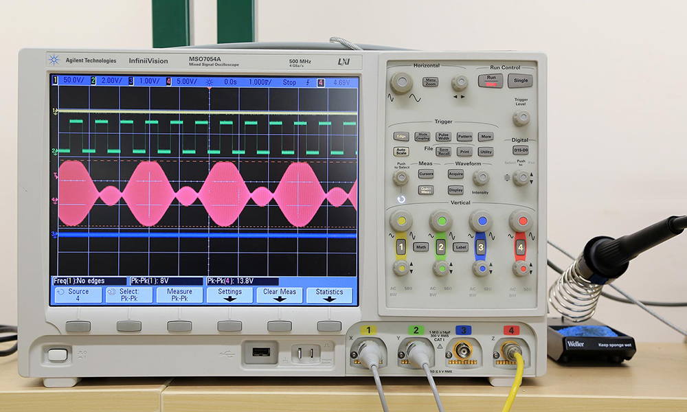 Circuit test results displayed on an oscilloscope.